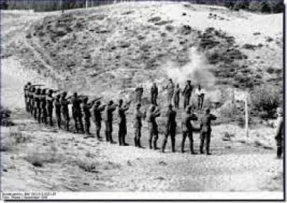 """Πριν τους εκτελέσουν, οι μελλοθάνατοι τραγουδούσαν το """"Έχε γεια καημένε κόσμε"""""""