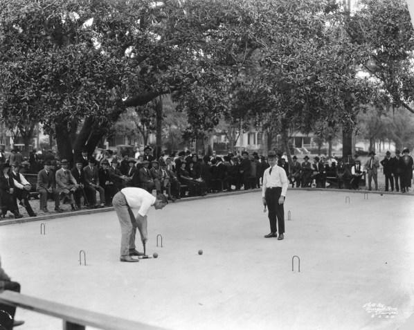 Το ροκέ ήταν αμερικάνικο άθλημα το οποίο συμπεριλήφθηκε μόνο στο πρόγραμμα αγώνων της Ολυμπιάδας στο Σεντ Λούις το 1904