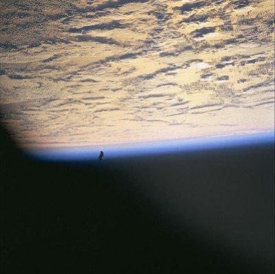Η φωτογραφία ελήφθη κατά την διάρκεια της αποστολής του STS-88.