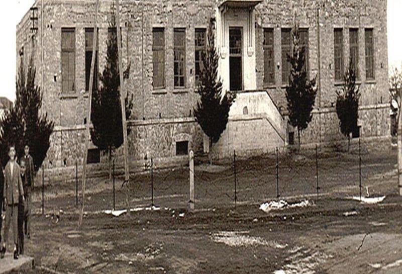 Τα άγνωστα στρατόπεδα συγκέντρωσης στην Πτολεμαΐδα και ο ρόλος όσων συνεργάστηκαν με τους Ναζί. Η μοίρα των ορφανών παιδιών μετά το ολοκαύτωμα στο Μεσόβουνο Κοζάνης