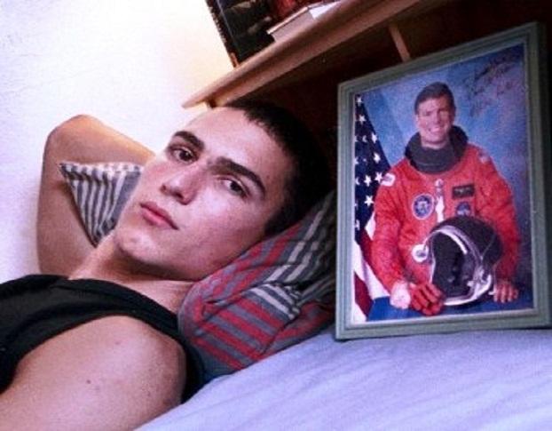 Ο 15χρονος χάκερ που παραβίασε με ευκολία κρίσιμα αρχεία της NASA και του Πενταγώνου. Η κατάθλιψη και η αυτοκτονία όταν κατηγορήθηκε ότι είχε υποκλέψει στοιχεία από μεγάλες τράπεζες