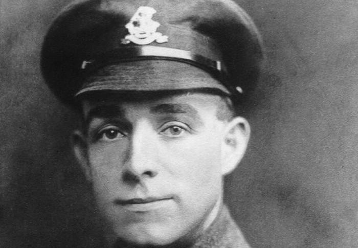 O Άγγλος στρατιώτης που ο Χίτλερ είχε ισχυριστεί ότι του χάρισε τη ζωή στον Α' Παγκόσμιο. Η διάσωση έγινε πίνακας που είχε στην κατοχή του ο Αδόλφος. Γιατί αμφισβητείται η ιστορία