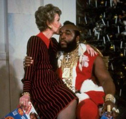 Γιατί η Νάνσυ Ρήγκαν φίλησε τον  Mr T και έκατσε στα πόδια του; Το πραγματικό όνομα ενός καλού χριστιανού με έντονη φιλανθρωπική δράση