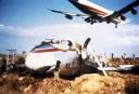 Το θρίλερ με τα διαμάντια και το πλουτώνιο που μετέφερε αεροσκάφος της Swisser που συνετρίβη στο Ελληνικό. Η μοιραία προσγείωση όπου το αεροπλάνο κόπηκε στη μέση