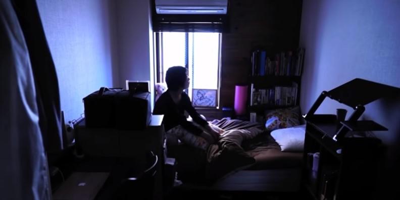 """Οι Ιάπωνες που μπήκαν οικειοθελώς σε κοινωνική καραντίνα δεκαετίες πριν τον κορονοϊό. Αποφάσισαν να παραμείνουν έγκλειστοι στο σπίτι τους για χρόνια. Γιατί χαρακτηρίστηκαν """"χαμένη γενιά"""""""