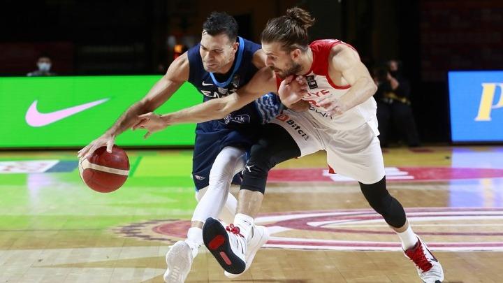 Η Εθνική Ελλάδος κατατρόπωσε την Τουρκία με 81-63 και αντιμετωπίζει την Τσεχία στον τελικό του Προολυμπιακού Τουρνουά του Καναδά