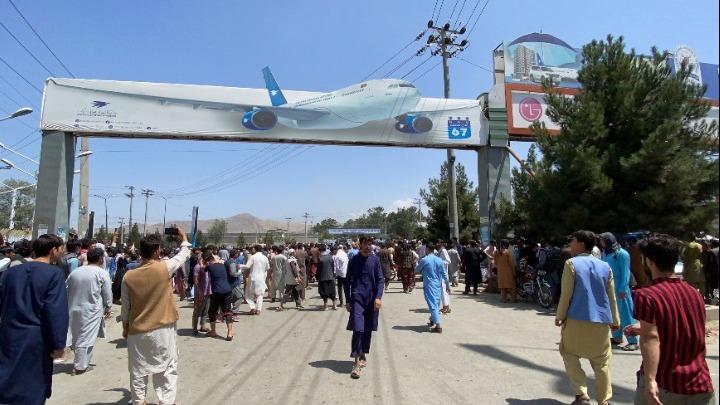 Αφγανιστάν. Εντοπίστηκαν ανθρώπινα μέλη σε τροχούς αεροσκάφους στην Καμπούλ-Έρευνες από USAF