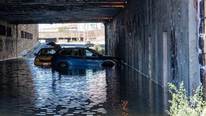 Τουλάχιστον 41 νεκροί στη Νέα Υόρκη από την καταιγίδα Άιντα- Κηρύχθηκε σε κατάσταση έκτακτης ανάγκης