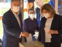 Παραλίγο άκυρη η ψήφος του Λάσετ. Το βίντεο της γκάφας του Χριστιανοδημοκράτη υποψήφιου που κάνει το γύρο του διαδικτύου