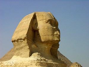Sfinxul, o istorie neconventionala