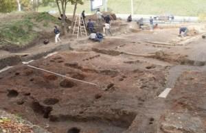 Case neolitice, de o marime impresionanta, au fost descoperite la sud de Dunare