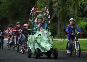 Racine Doll Buggy Parade