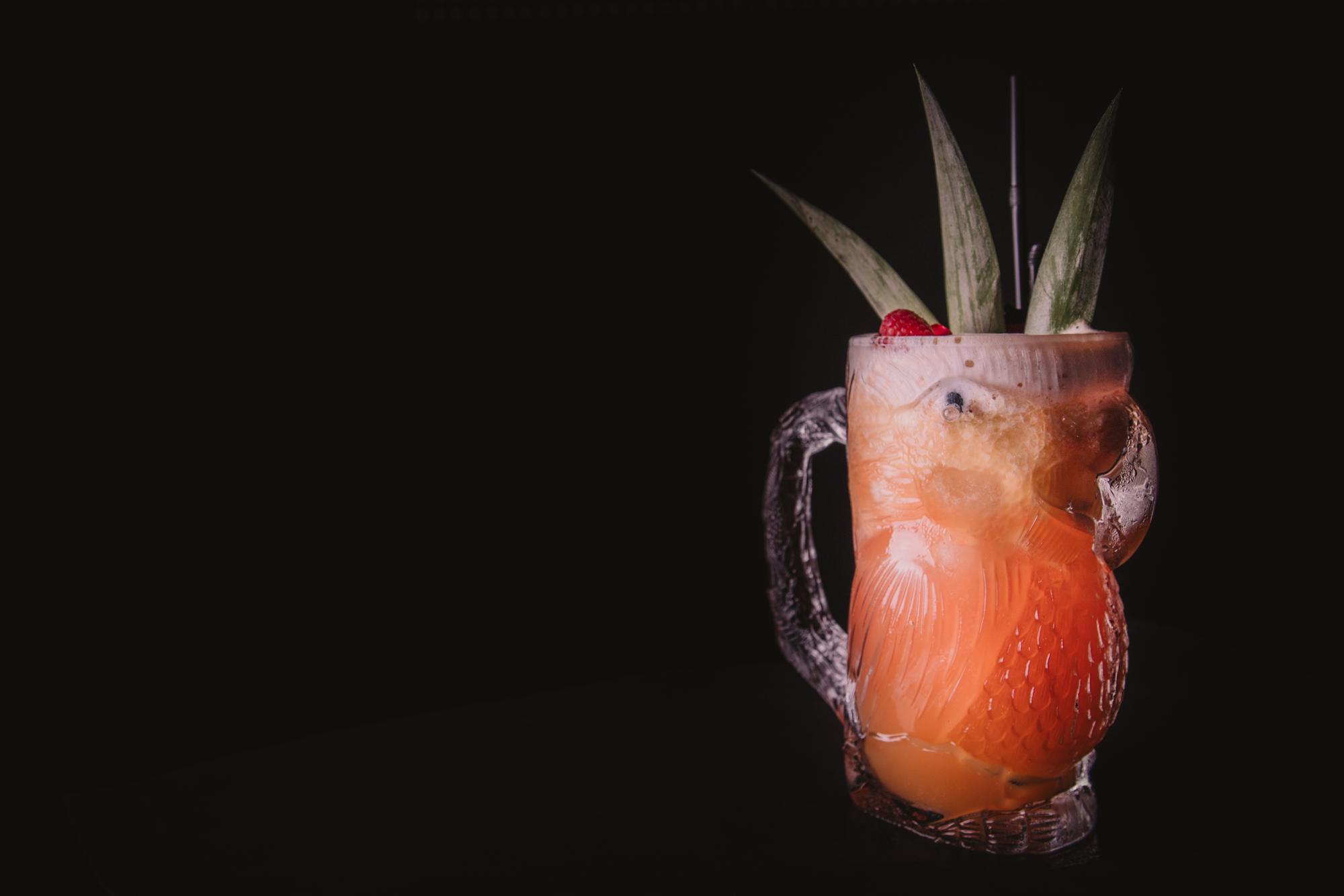 Coctel del loro tropical de mixologar&cia