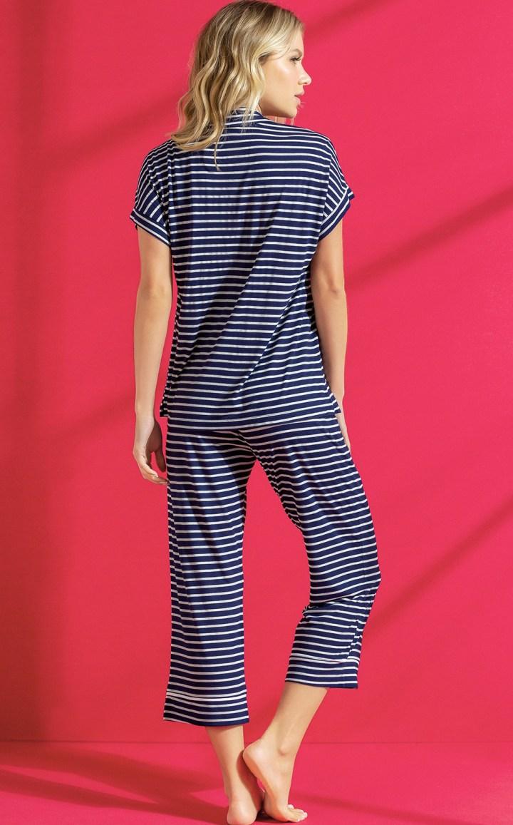 Pijama Cardigan Manga Curta com Capri