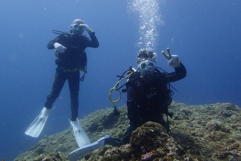 宮古島・伊良部島の崖下で体験ダイビング