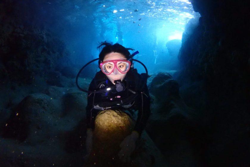 伊良部島の青の洞窟・ツインホール