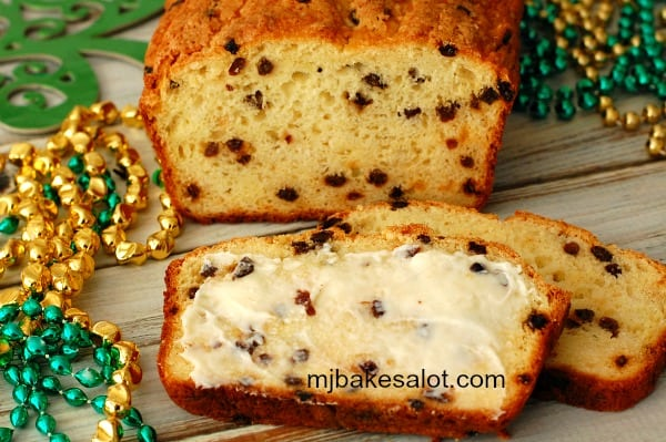 Butter and eggs enrich the loaf of American-style Irish soda bread and give it a texture that moist and easy to slice thin without crumbing. | mjbakesalot.com