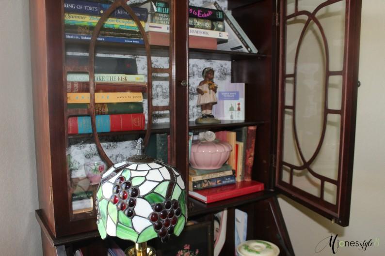 #vintagebedroom#tiffanylamp