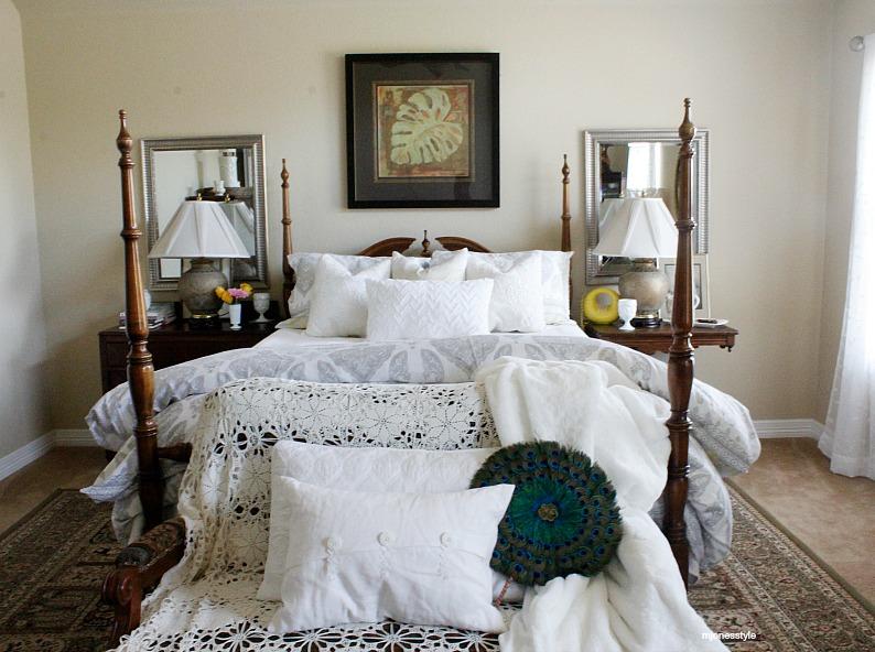 #springdecor #whitemasterbedroom #mjonesstyle #vintagedecor