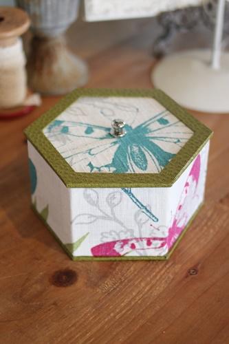 六角形の箱