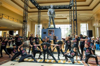 Cast-of-MJ-ONE-welcomes-Michael-Jackson-HIStory-Statue
