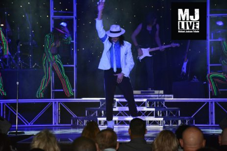 MJ-Live-Smooth-Criminal-2