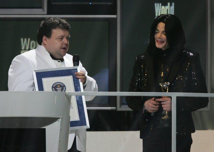 Michael+Jackson+World+Music+Awards+2006+Show+6OrEzgTGxfvx