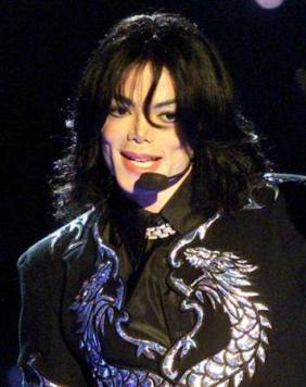 The-2000-World-Music-Awards-michael-jackson-32637384-356-450