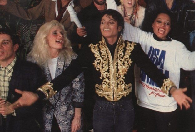 We-are-the-world-michael-jackson-10553179-800-544
