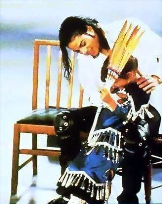 black-or-white-michael-jackson-music-videos-15316248-330-416