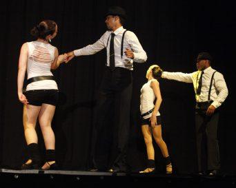 Gala 2011 - MK Dance Studio Pontault-Combault 77 (5)-min