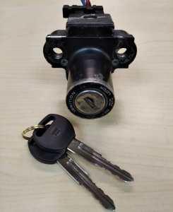 Восстановление ключей по замку для мотоцикла Honda VTR 250.