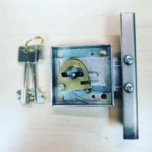 Изготовление ключей для сейфового замка.