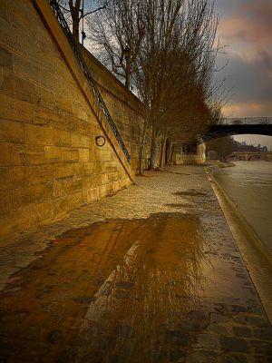 """""""Port des Tuileries"""""""