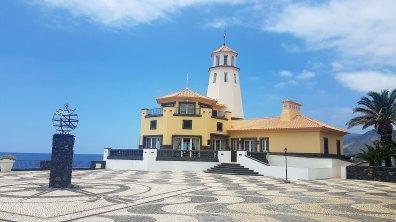 mais qui s'avère être un complexe hôtelier : Quinta do Lorde