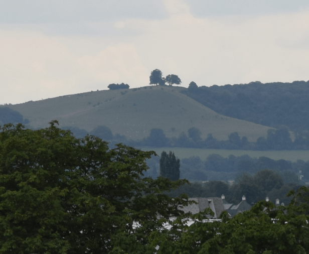 Nikkor 55-300mm, Beacon Hill seen from Aylesbury Telephone Exchange, 135mm, cropped
