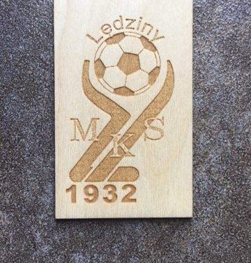 Do nabycia magnesy z logo Klubu
