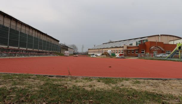Boisko przy Szkole Podstawowej nr 3 w Mławie