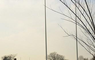 8499111880_7e89e6427d_rugby-goalpost