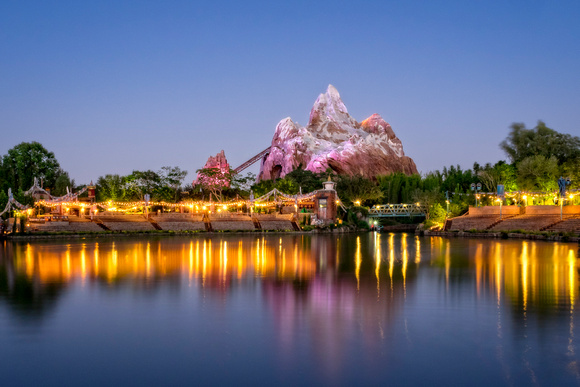 MLCreations Photography: Blog Post Related &emdash; Rivers of Light Stage