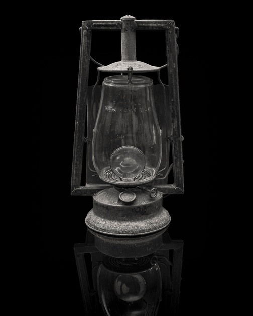 MLCreations Photography: Monochrome &emdash; Dietz Lantern