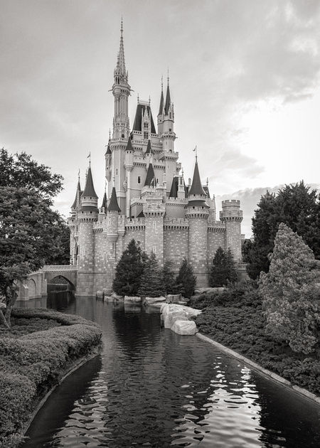 MLCreations Photography: WDW in B&W &emdash; At the Center