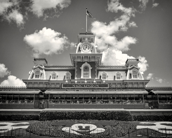 MLCreations Photography: WDW in B&W &emdash; 12:33