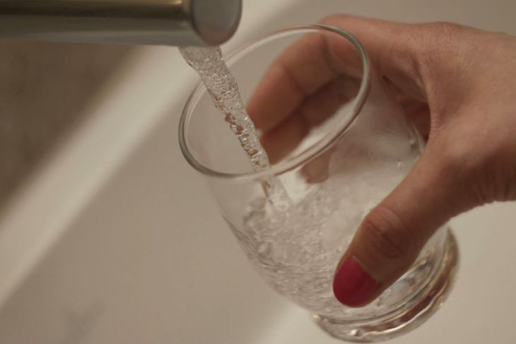 woda w diecie niemowląt