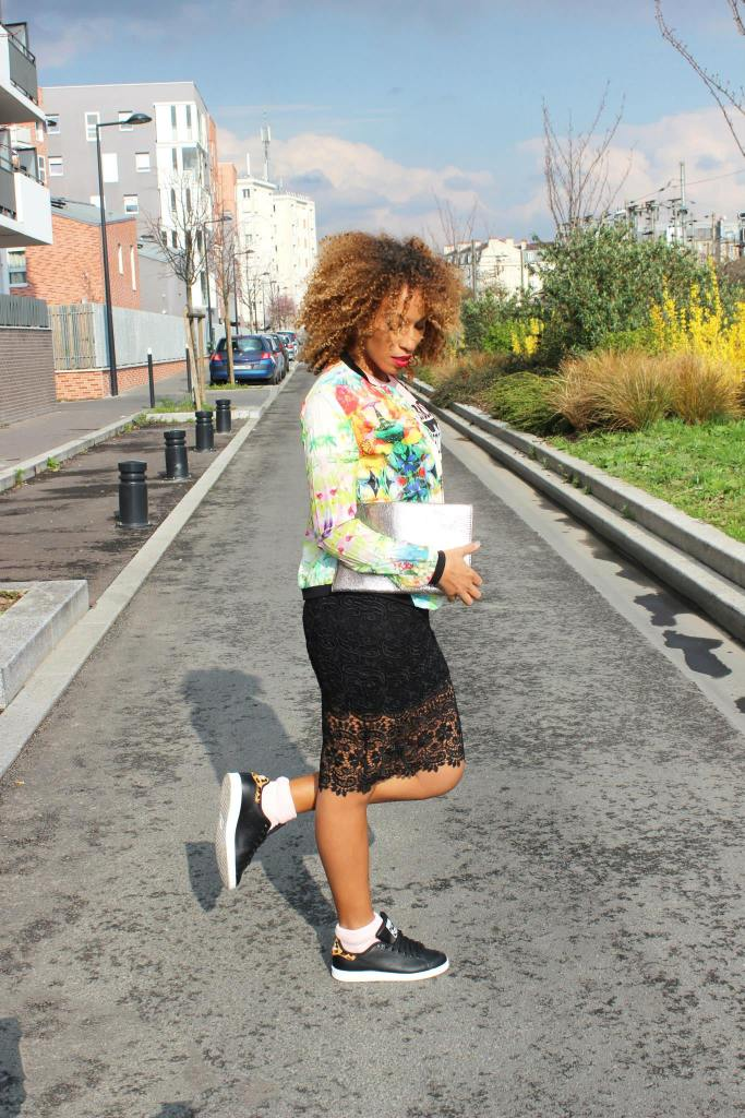 jupe crayon dentelle street stan smith zrar