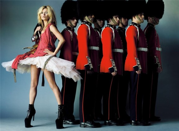 Mario Testino - Vogue BRITISH October 2009 - Brilliantly British - 009
