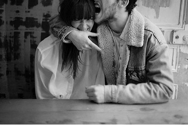 photo-mariage-amoureux-seance-engagement