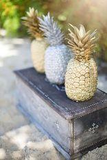 deco-ananas-mariage-sur-la-plage