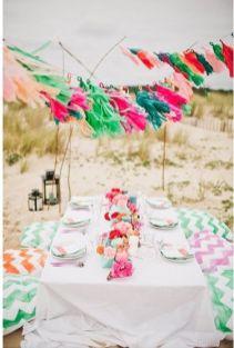 mariage-colore-sur-une-plage