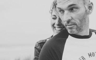 Deux amoureux à la plage